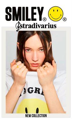Oblečení, Obuv a Doplňky akce v Stradivarius katalogu ( Zbývá 15 dní)